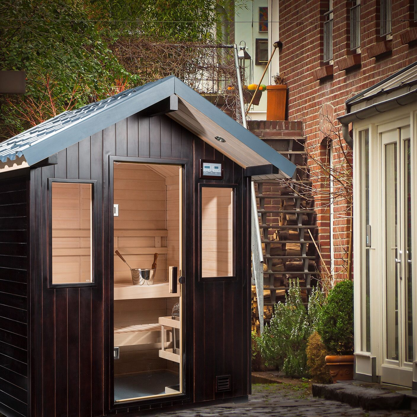 Terrace Outdoor Sauna Family Image